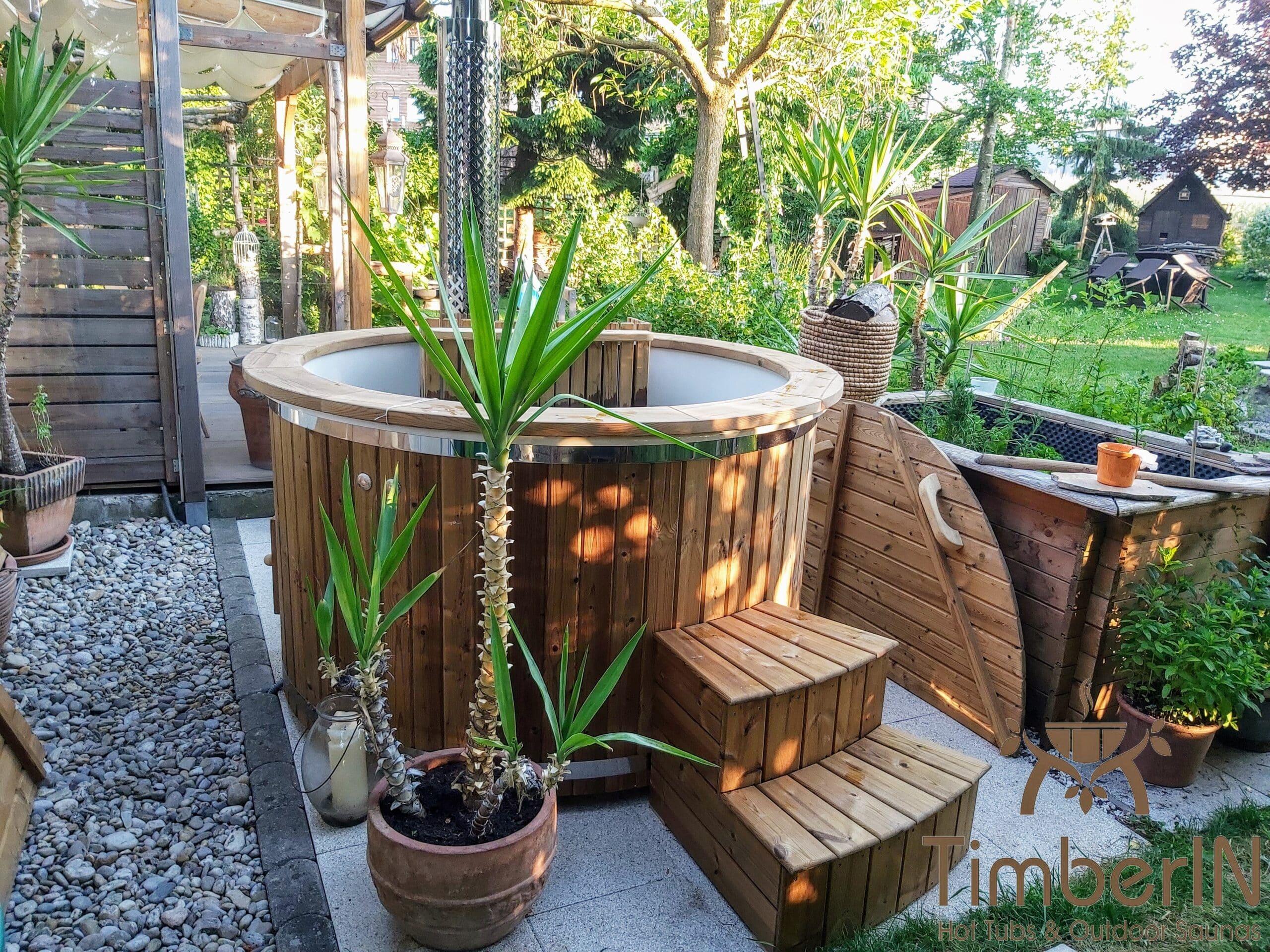 Badefass Badezuber Garten mit Innenofen GFK 2 1 scaled