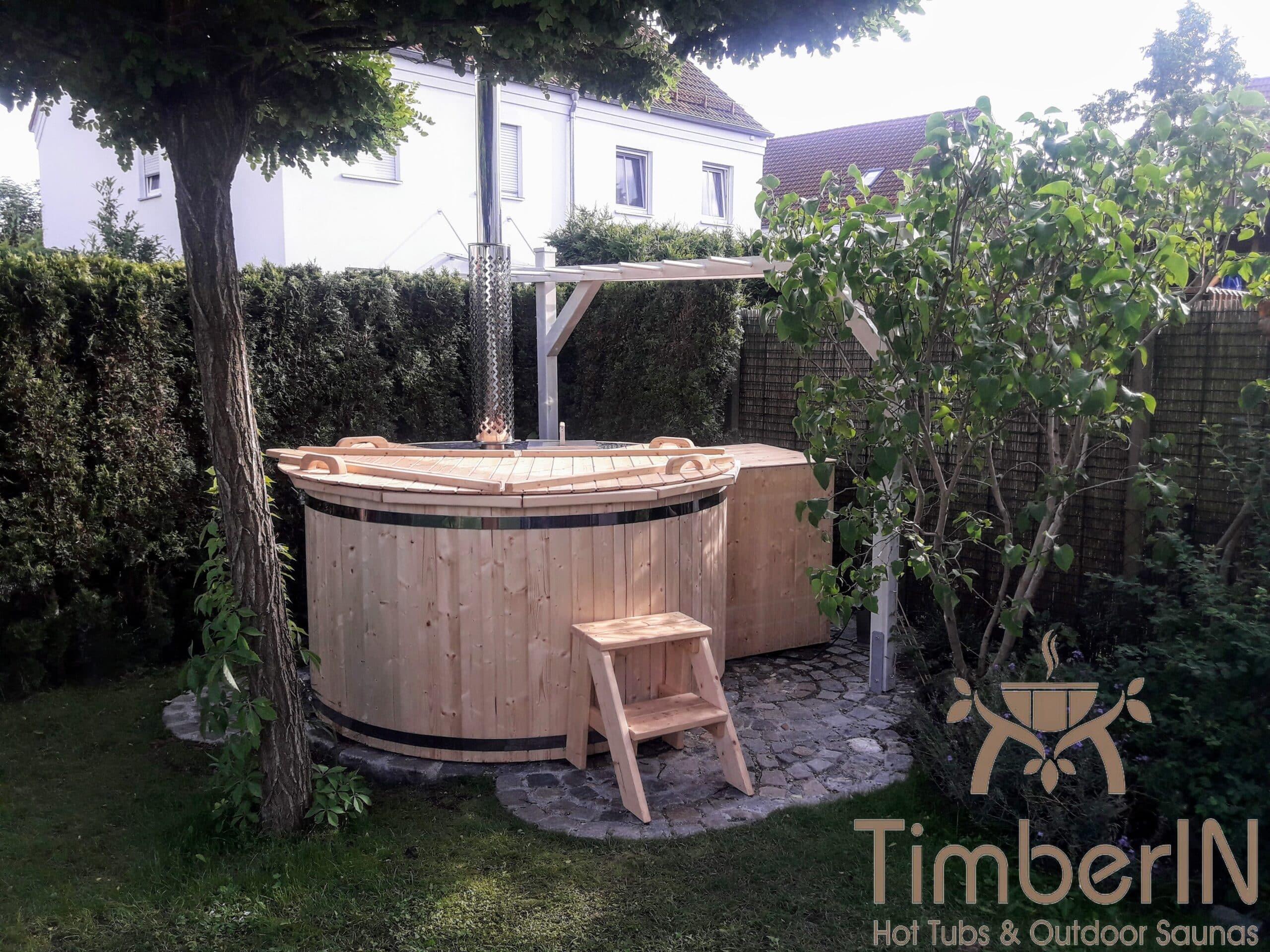 Badezuber aus Holz mit Holzofen Deluxe 1 scaled