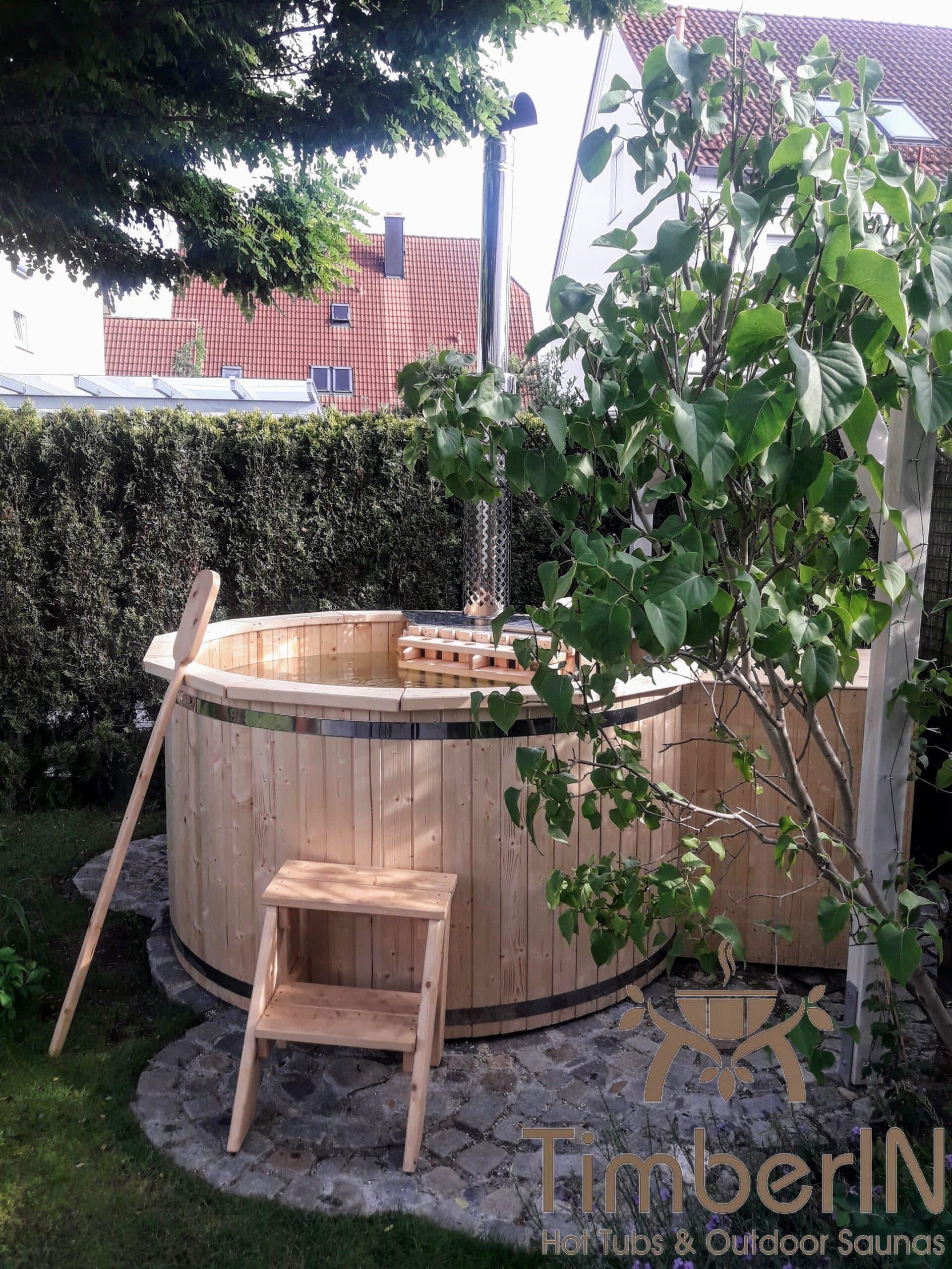 Badezuber aus Holz mit Holzofen Deluxe 2 scaled