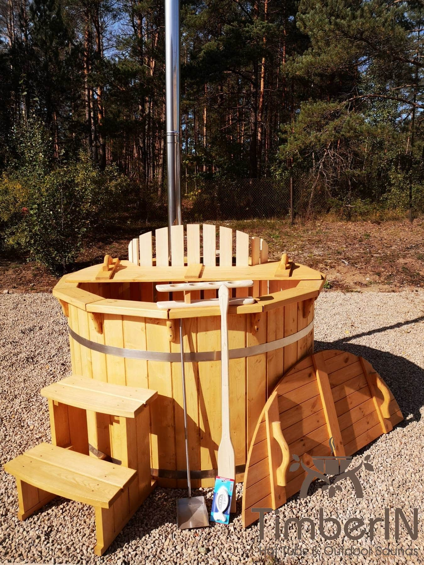 Badezuber aus Holz mit Holzofen Fichte – Laerche 19