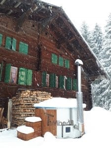 Badefass gfk Thermoholz mit integriertem Ofen Wellness Royal Marc Oberthal Schweiz 2